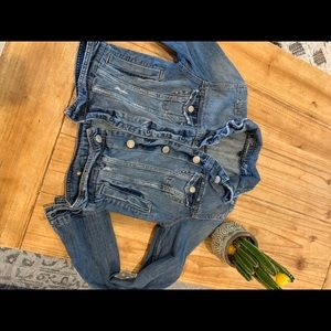 American Eagle Jean jacket gently used